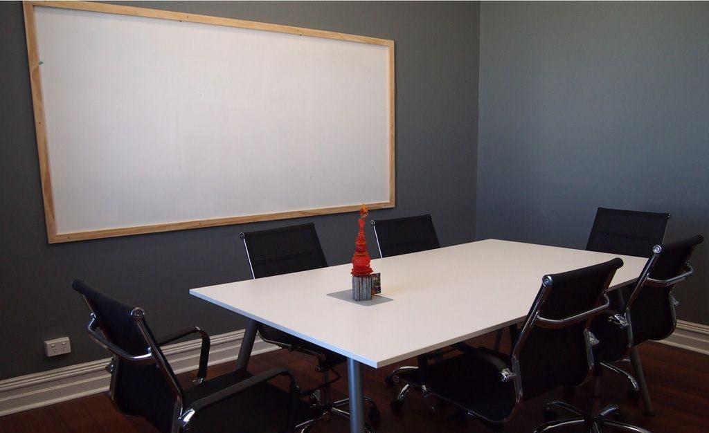 Mellifera, meeting room at CityHive, image 1