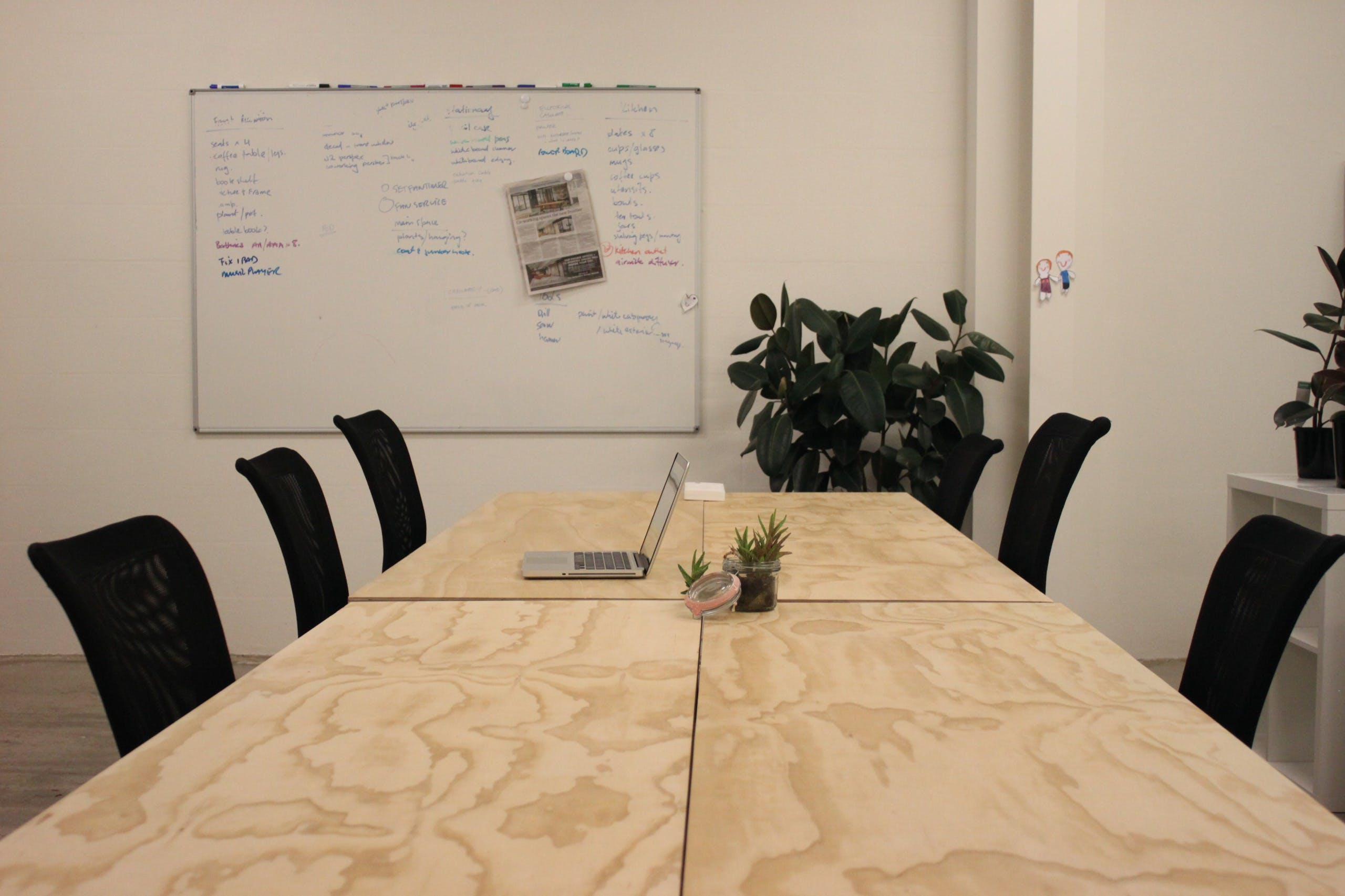 Large Pod, shared office at Junction 2, image 1