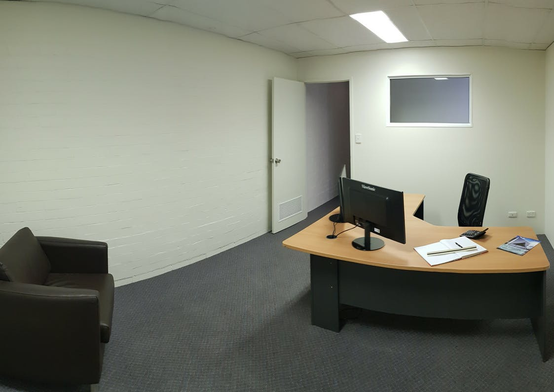 Suite 2, private office at 10 Ledgar, image 1