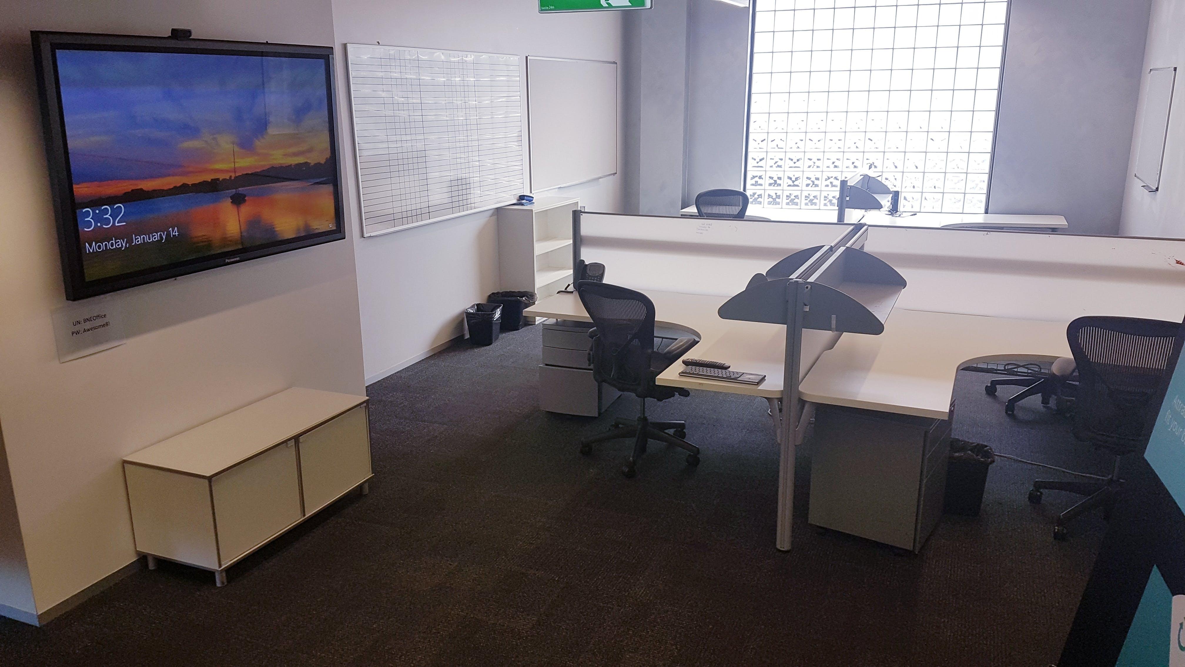 Dedicated desk at Panalitix HQ, image 1