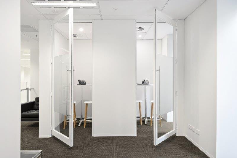 G4 (External), private office at 555 Bourke Street, image 1