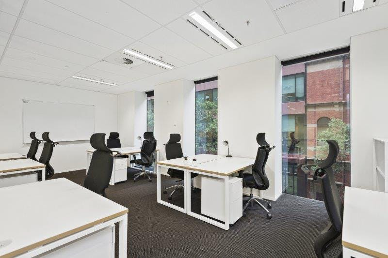 G5 (External), private office at 555 Bourke Street, image 1
