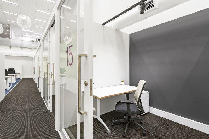 G8/9 (External), private office at 555 Bourke Street, image 1