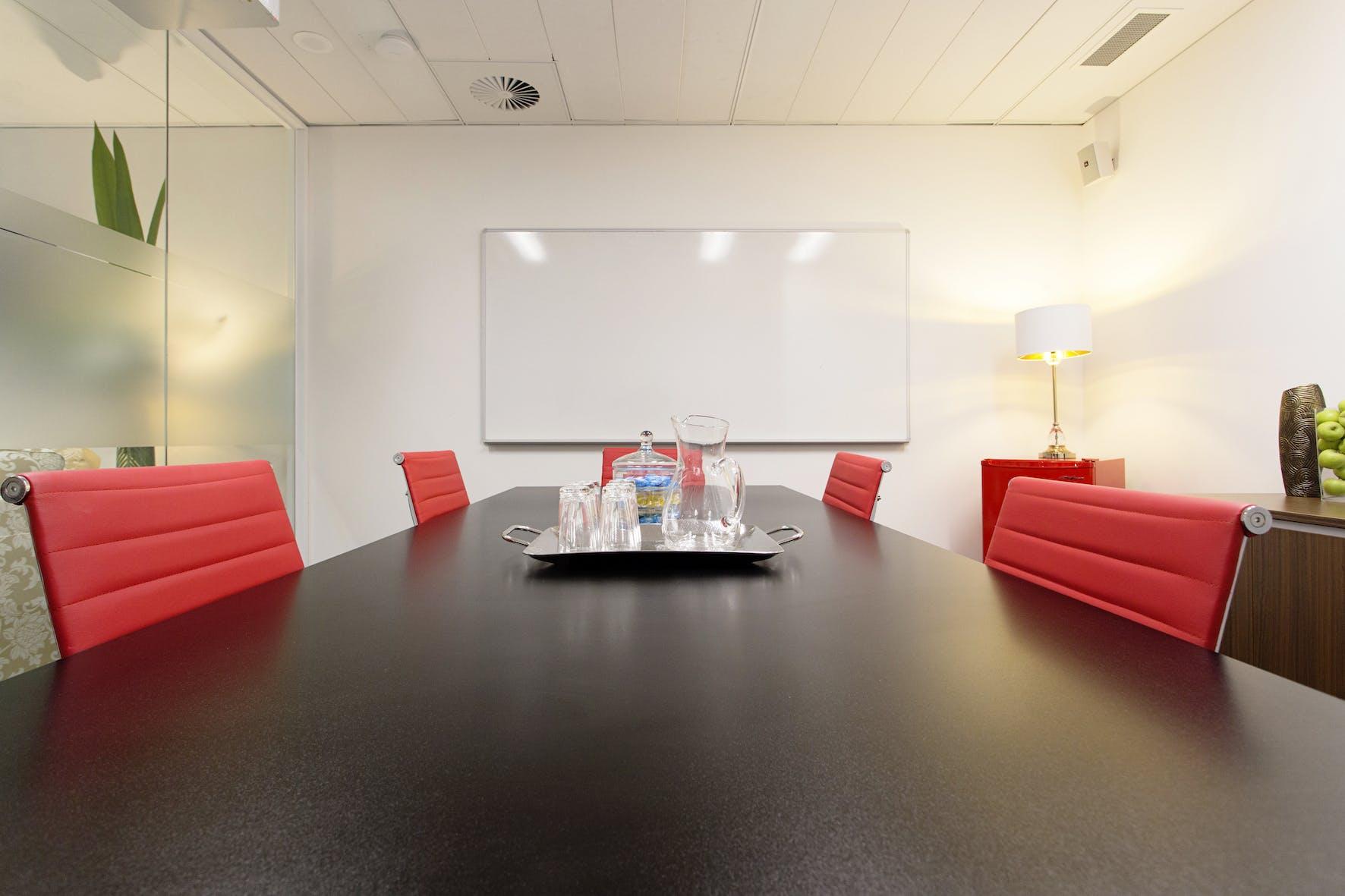 Meeting room at @WORKSPACES, image 1