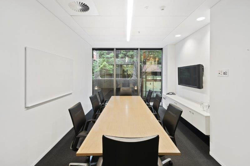 M1 (External), private office at 555 Bourke Street, image 1