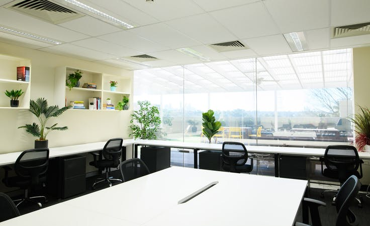 Hot desk at WorkBee, image 1