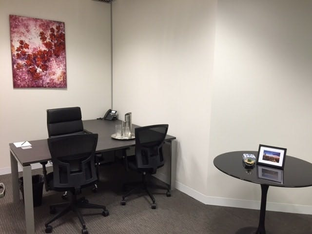 Day Suite 2, meeting room at Victory Offices | Collins Place Meeting Rooms, image 1
