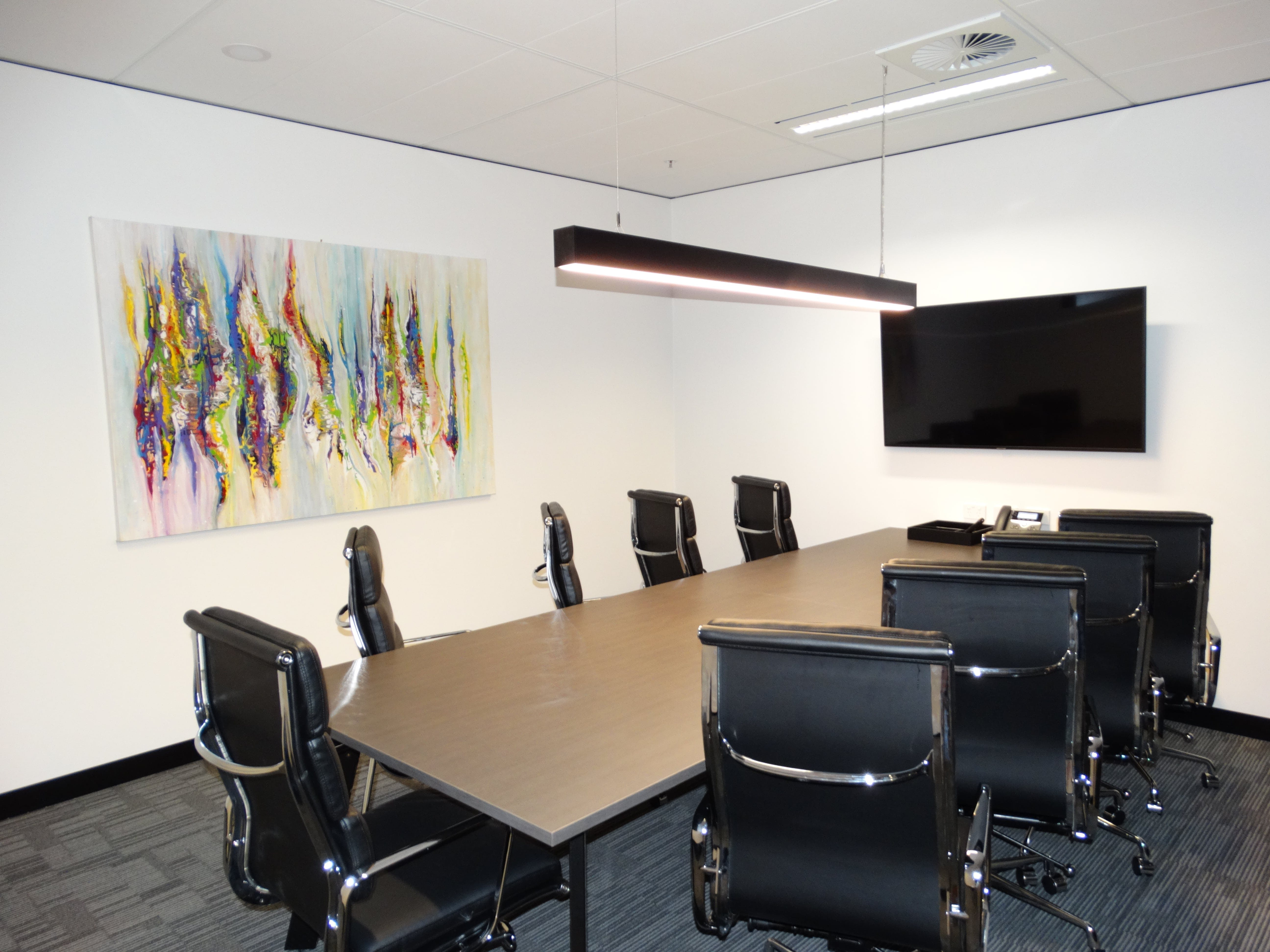 Swan, meeting room at Victory Offices | Exchange Tower Meeting Rooms, image 1