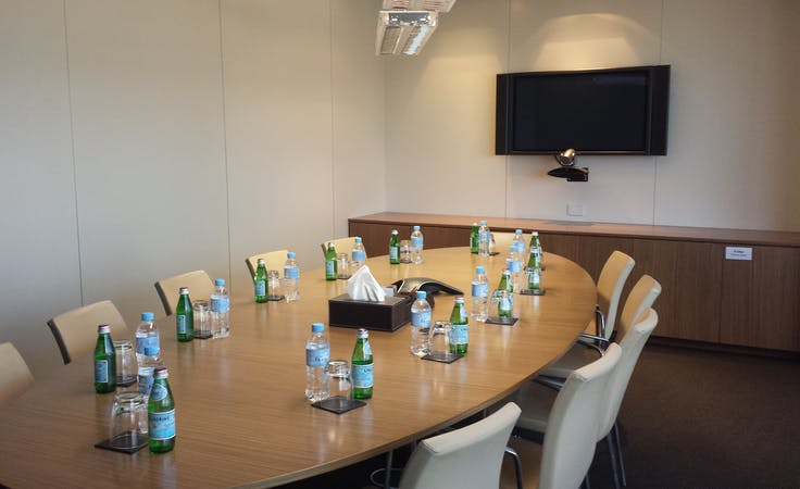 Room 33A, meeting room at Australia Square, image 1