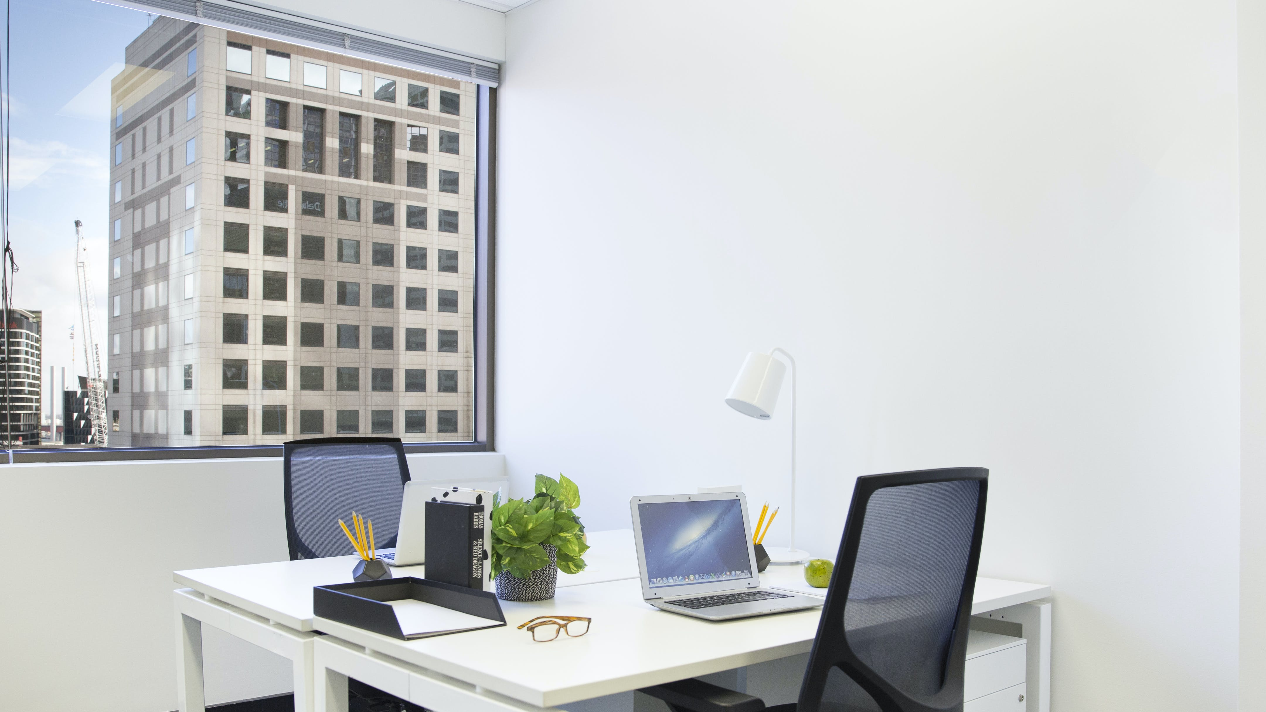Suite 910, private office at Exchange Tower, image 1