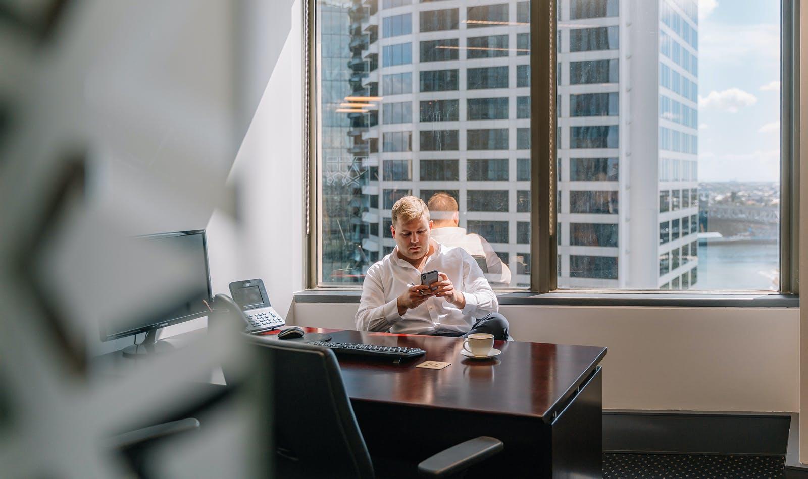 Coworking hot desk, hot desk at AMP Tower, image 4