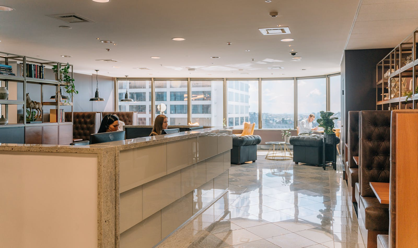 Premium Day Suite with views to inspire, private office at AMP Tower, image 3