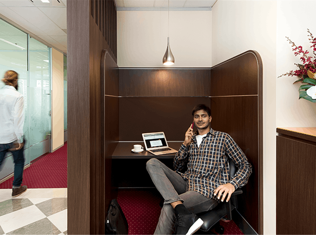 Business Lounge Dedicated Desk, dedicated desk at Santos Place, image 1