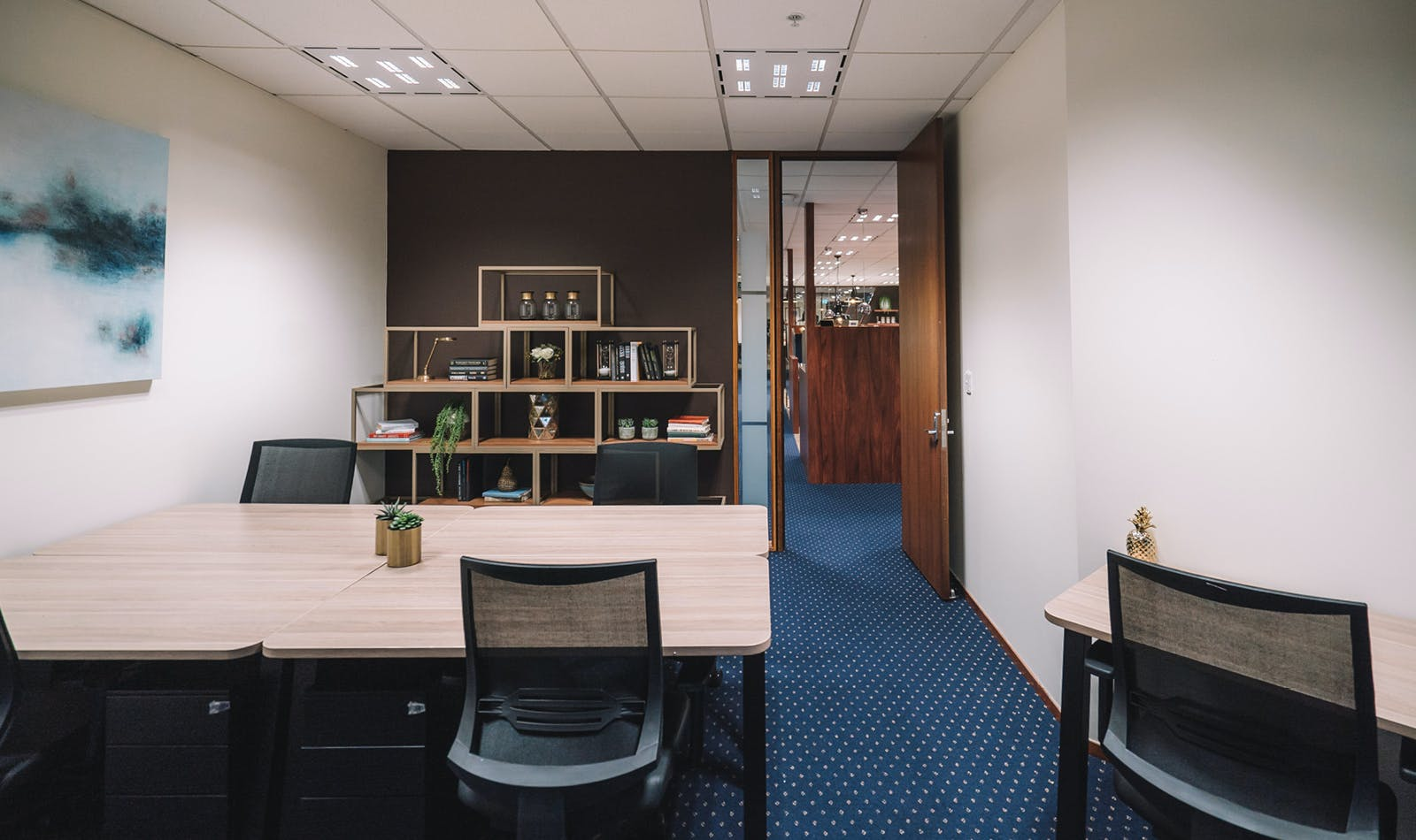 Business Lounge Dedicated Desk, dedicated desk at Santos Place, image 6