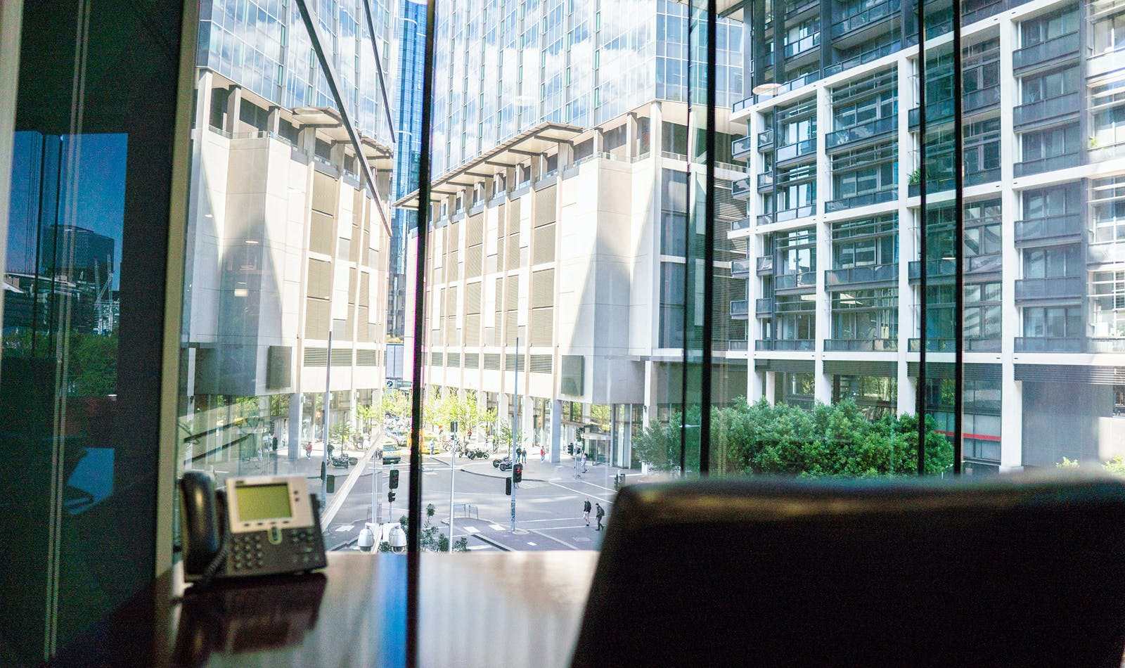 5-person workspace with awesome views, serviced office at Servcorp Southbank Riverside, image 1