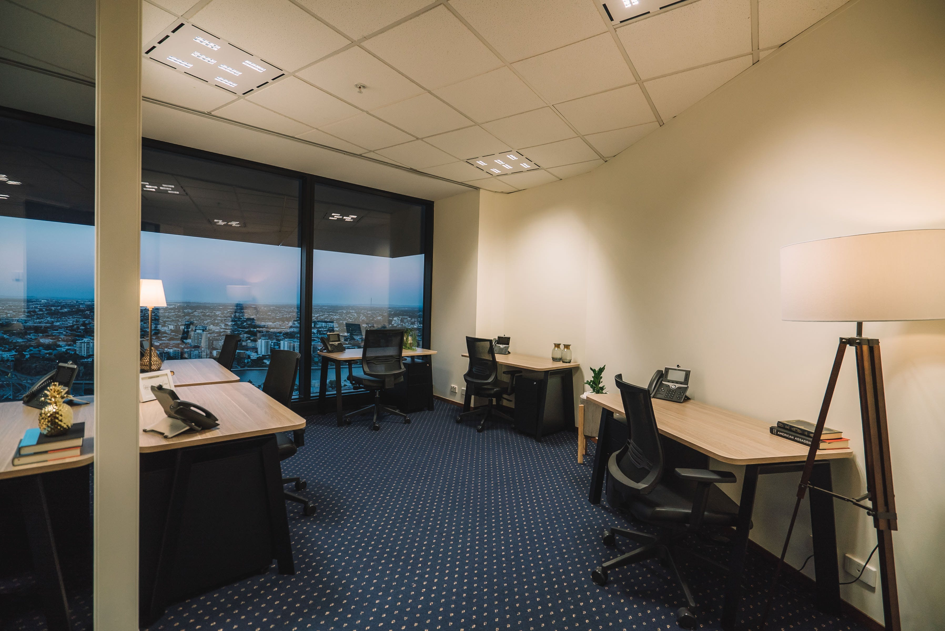 Private office at AMP Tower, image 1