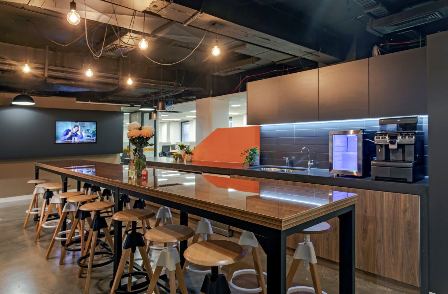 Hot Desk, hot desk at Spot Co-Working, image 5
