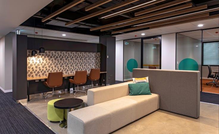 Hot Desk, hot desk at Spot Co-Working, image 1