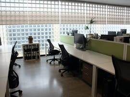 Shared office at Light-filled Design Studio, image 1