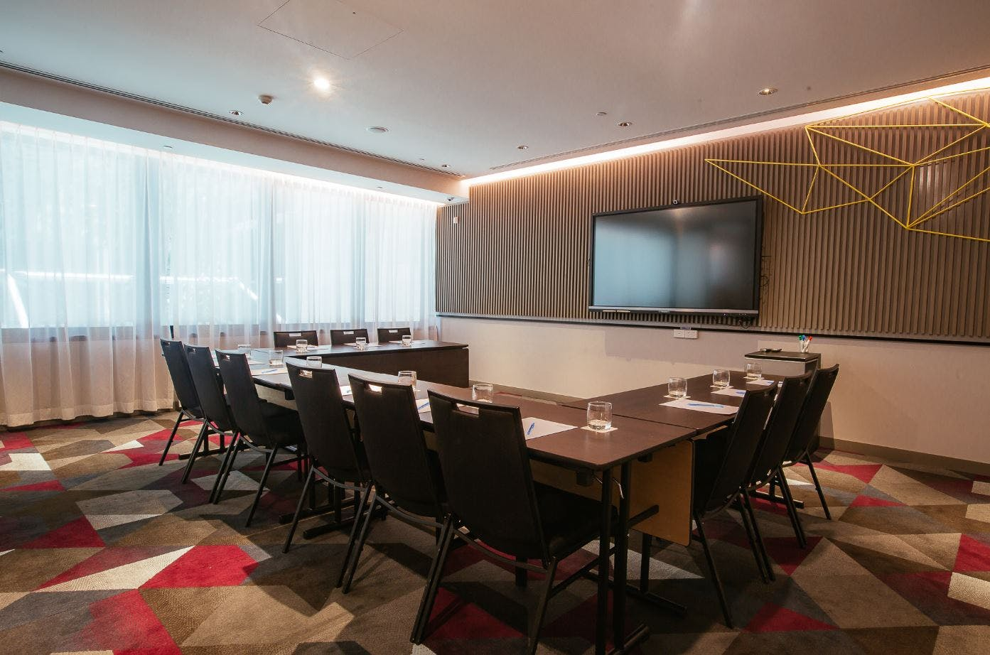 Pow Wow 1, meeting room at Capri by Fraser, Brisbane, image 1