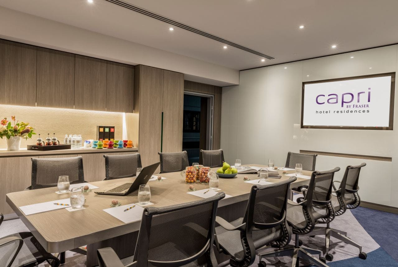 Pow Wow 2, meeting room at Capri by Fraser, Brisbane, image 1