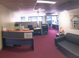 National Property Systems. , dedicated desk at AUSTLINK Corporate Center, image 1