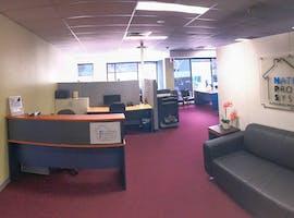 National Property Systems. , dedicated desk at AUSTLINK Corporate Center, image 1