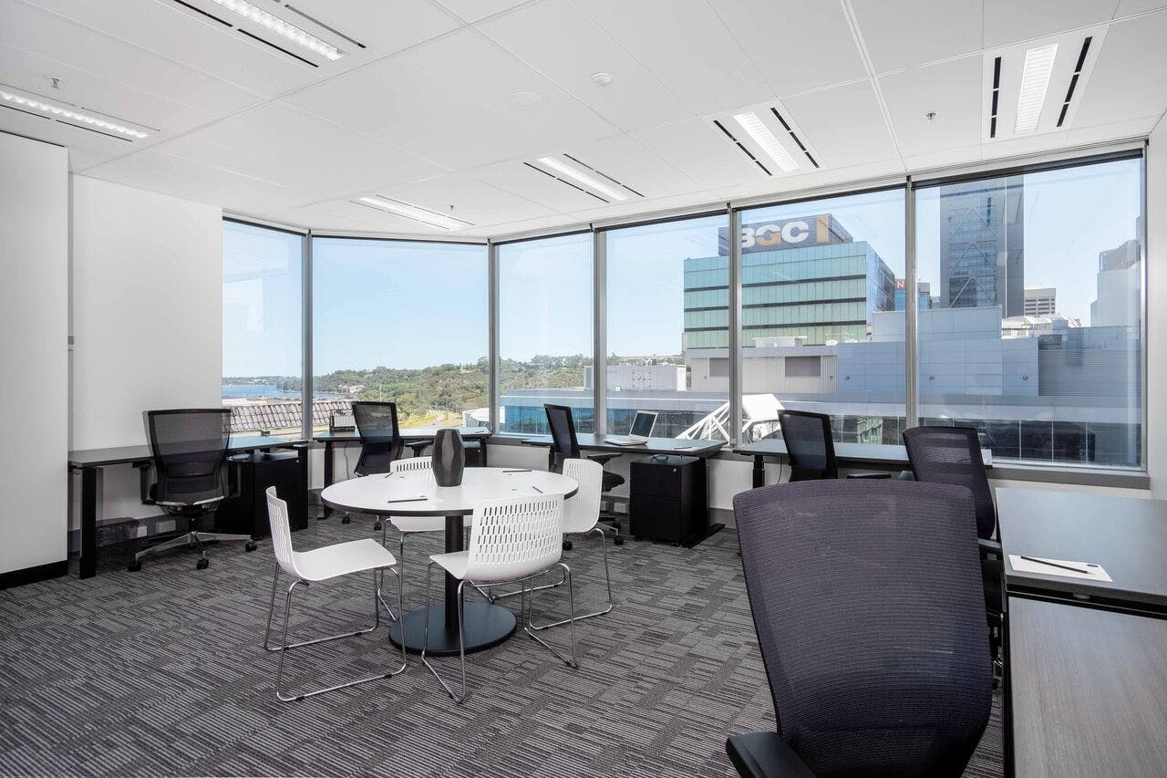 Office 4, serviced office at Victory Offices | Exchange Tower, image 1