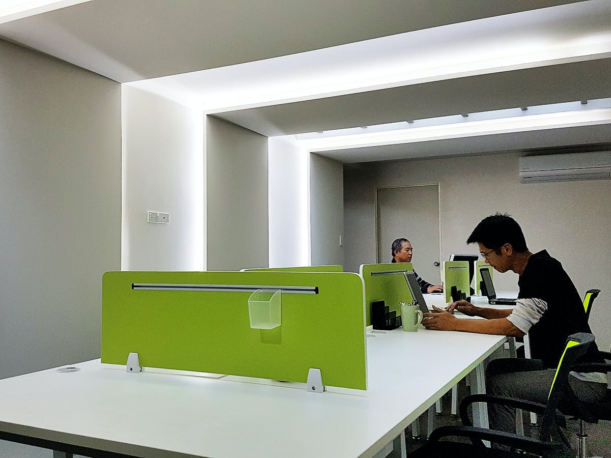 Co-working, coworking at M Space, image 1