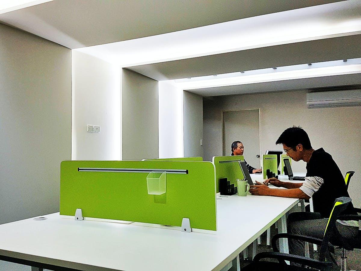 Hot Desk, hot desk at M Space, image 1