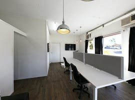 Modern office in highly accessible and vibrant location, image 1