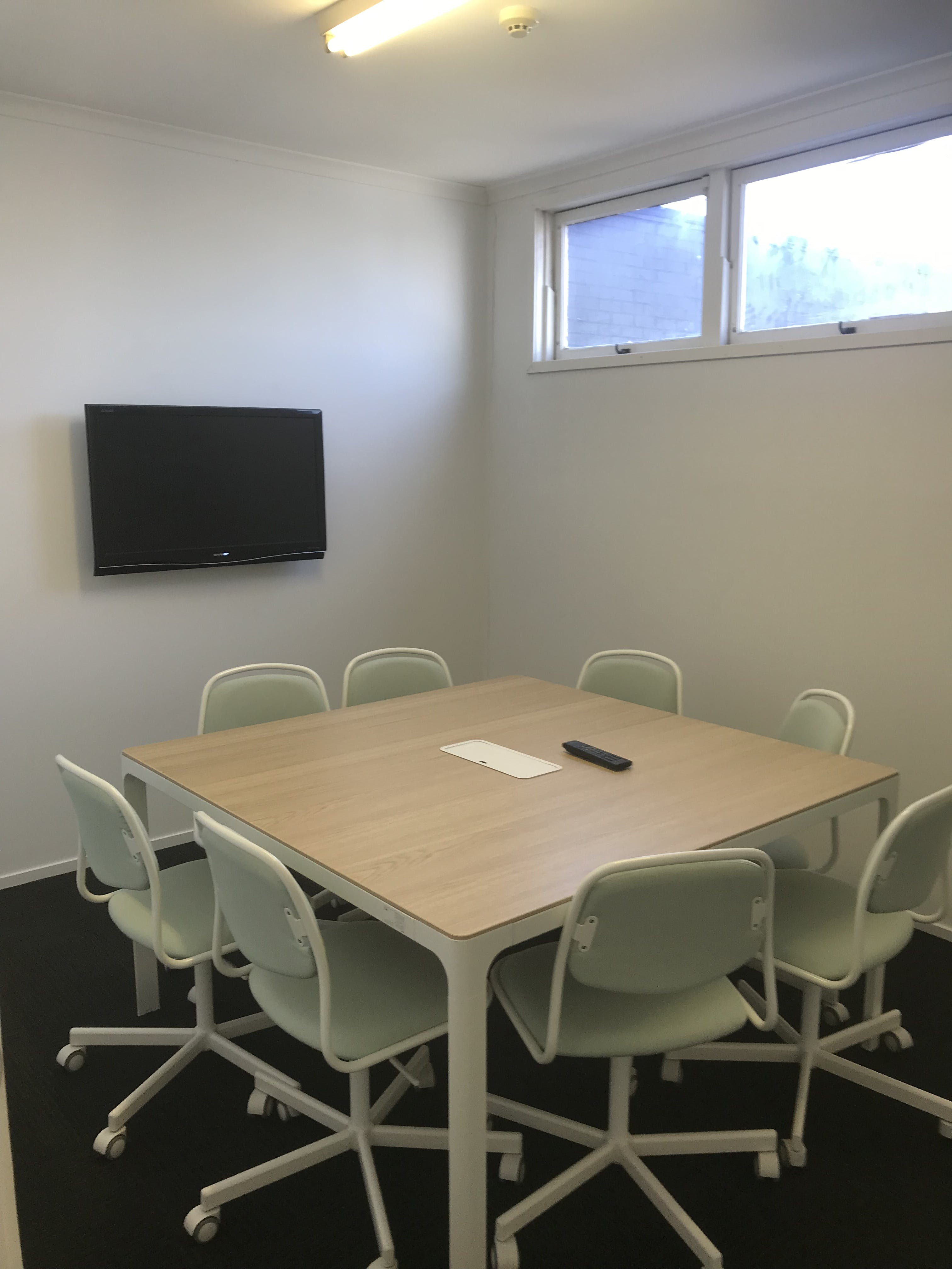 The Meeting Room, meeting room at Beacon HQ, image 1