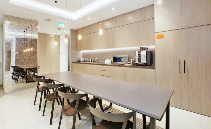 Private office at Capita Centre, image 2