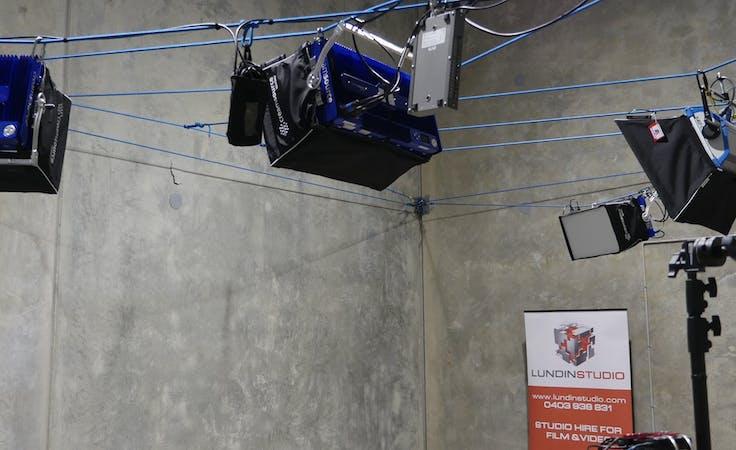 Hot Desk & Film Studio, multi-use area at LundinStudio, image 1