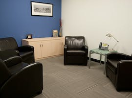 Shared office at Gateway Business Center, image 1