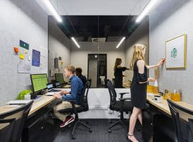 Cube for 4 persons, private office at 11th Space, image 1
