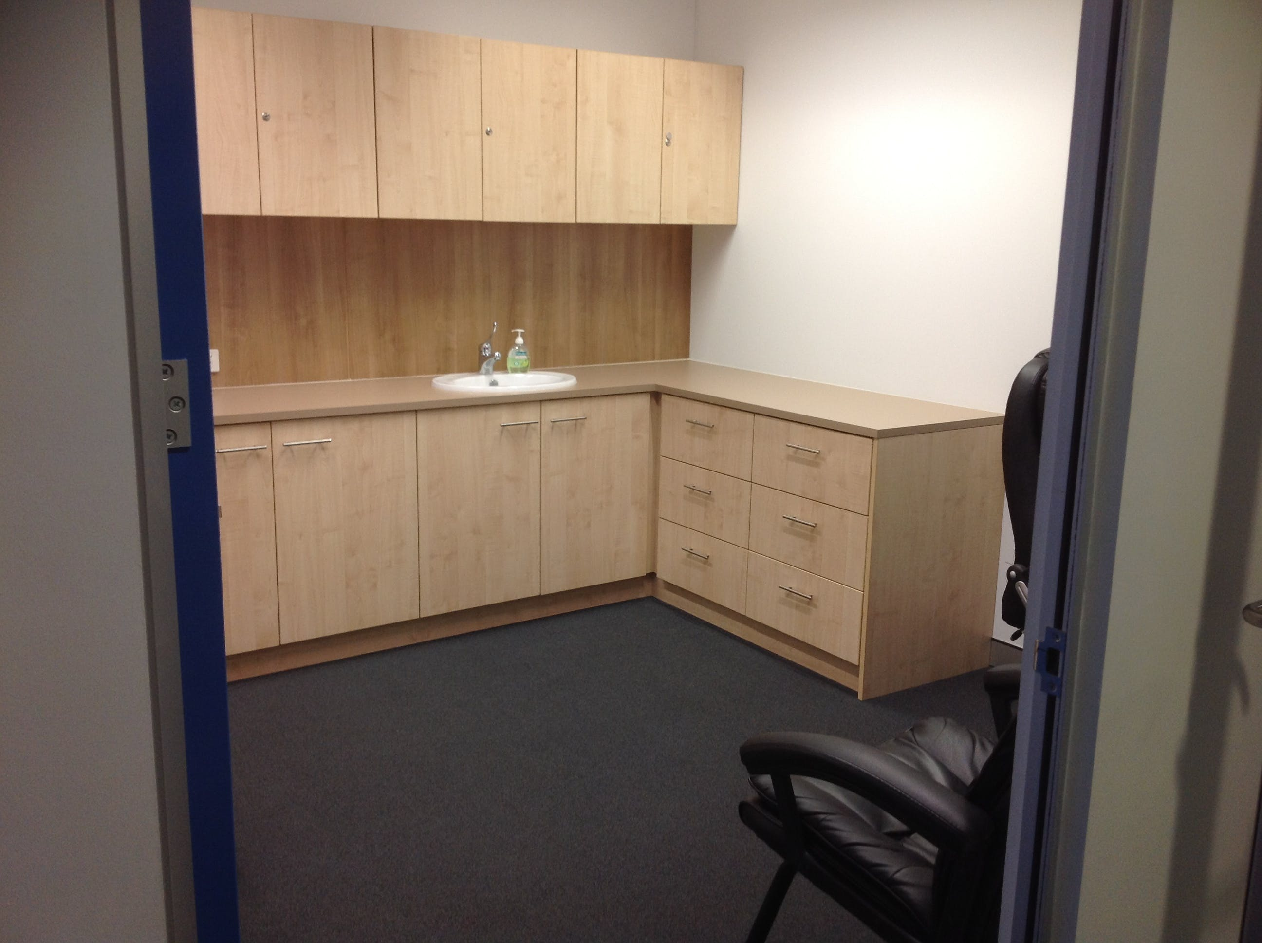Private office at Plaza 817, image 4