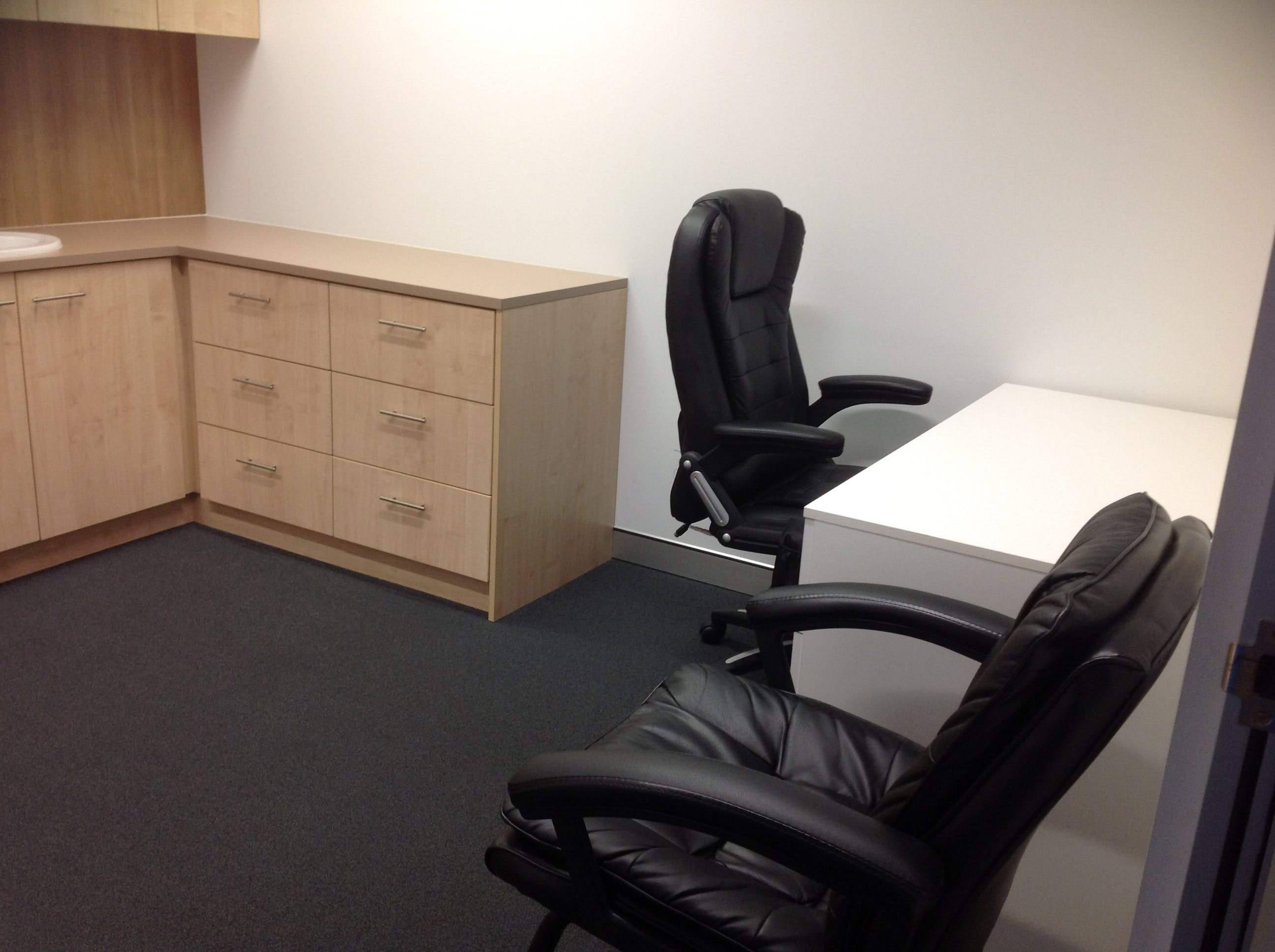 Private office at Plaza 817, image 1