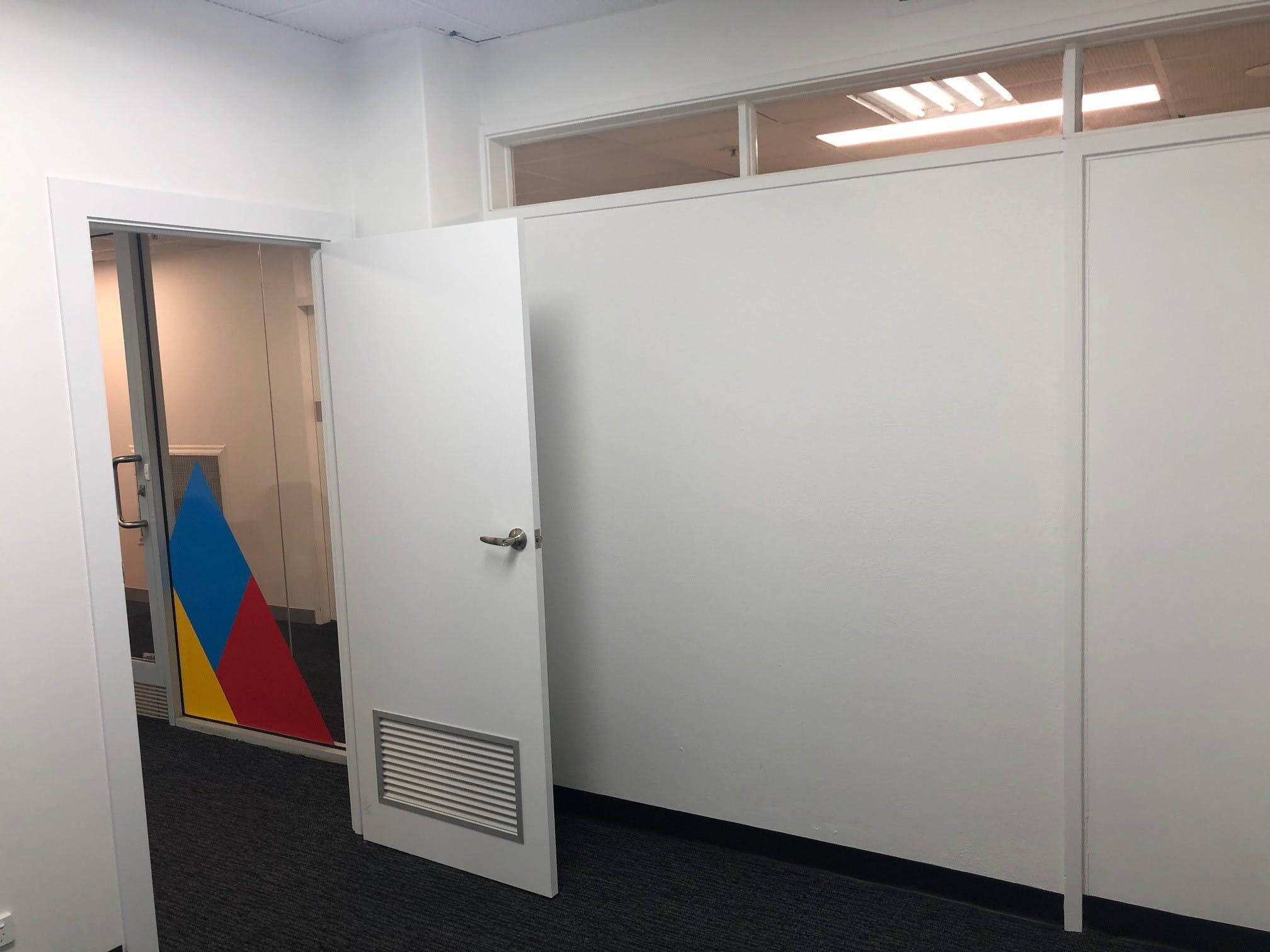 Private office at M1 Centre, image 7