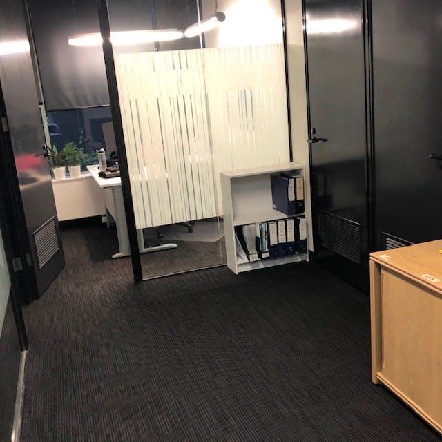 Shared office at Cotham Road Kew, image 1