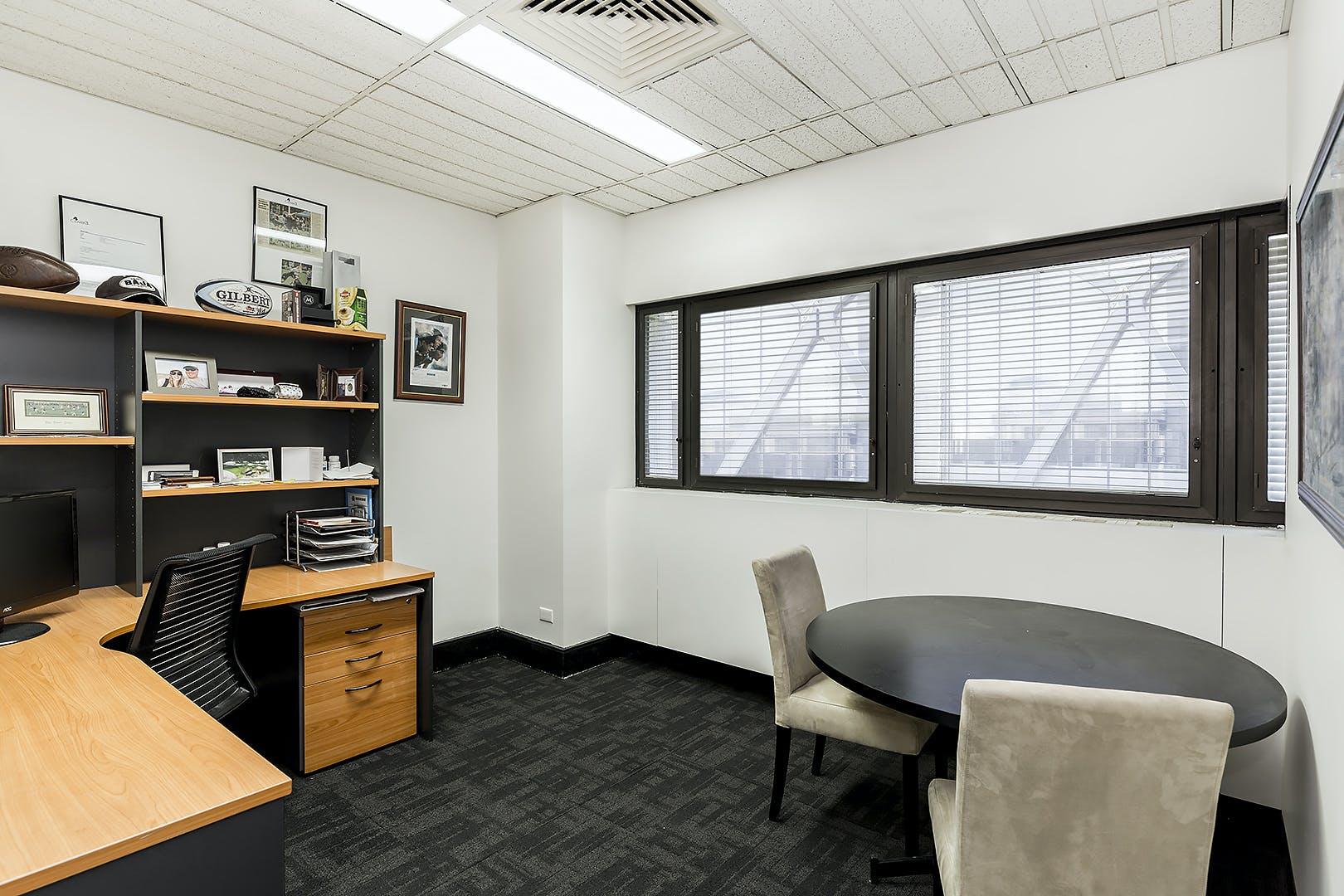 Dedicated desk at 121 Walker St, image 2