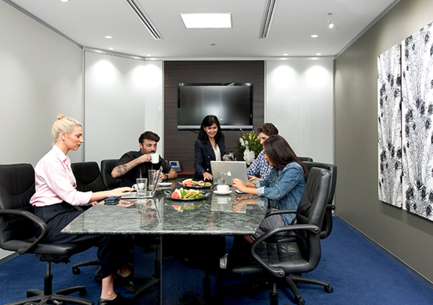 Casual Meeting Lounge, meeting room at Servcorp Southbank Riverside, image 1