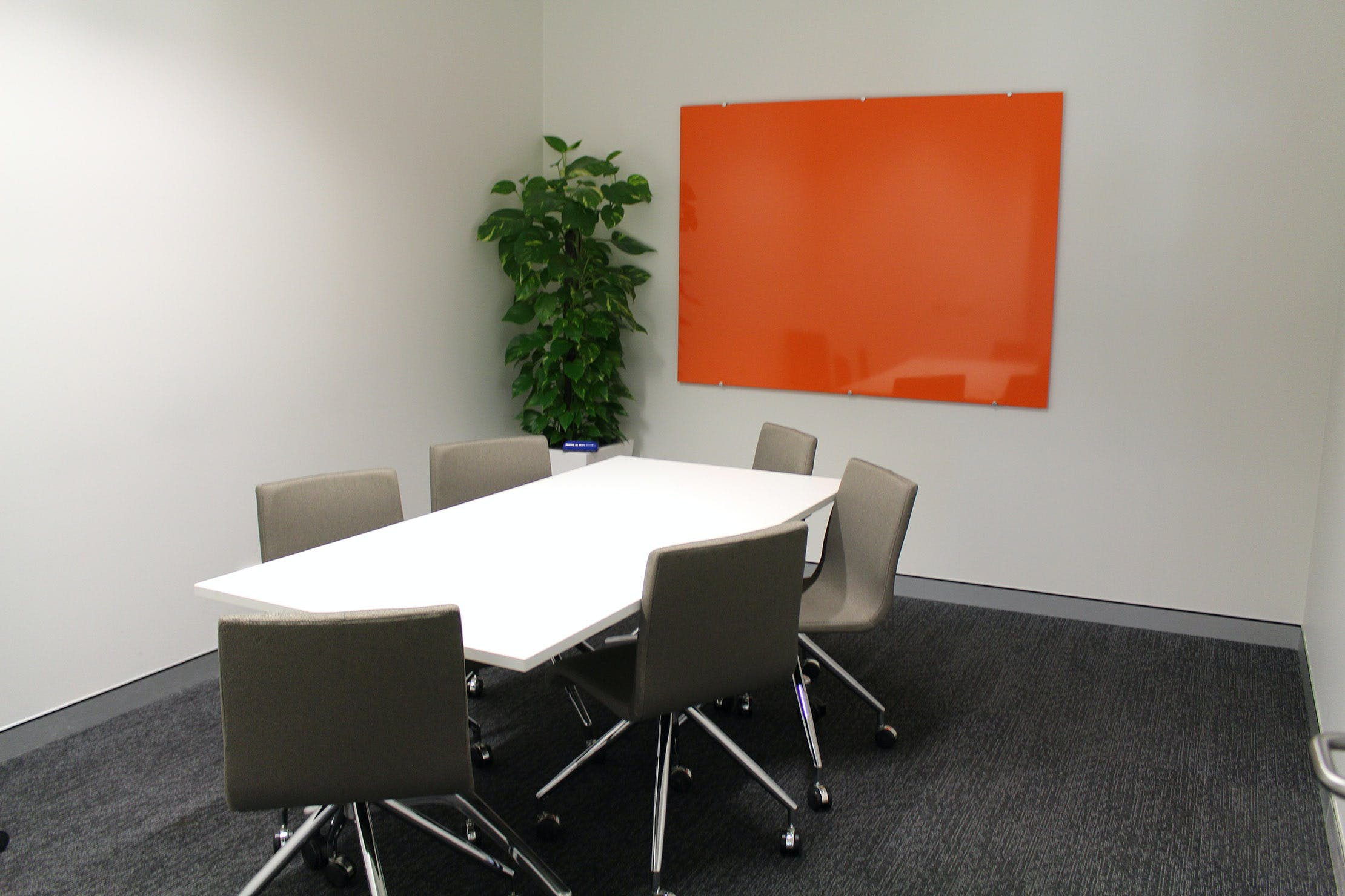 Meeting room at BTP Hub, image 1