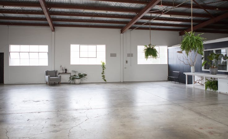 This blank canvas warehouse space in Moorabbin is ideal for photography, image 5