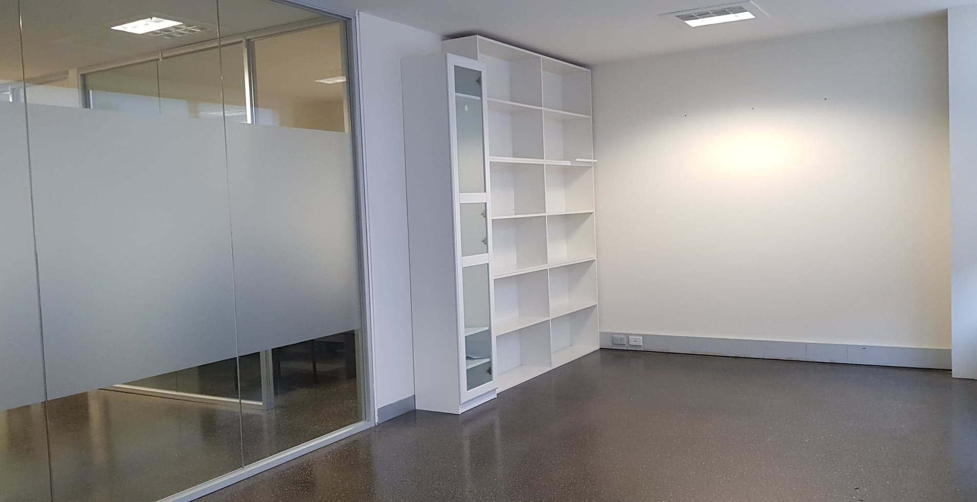 Private office at 1G Marine Parade, image 1