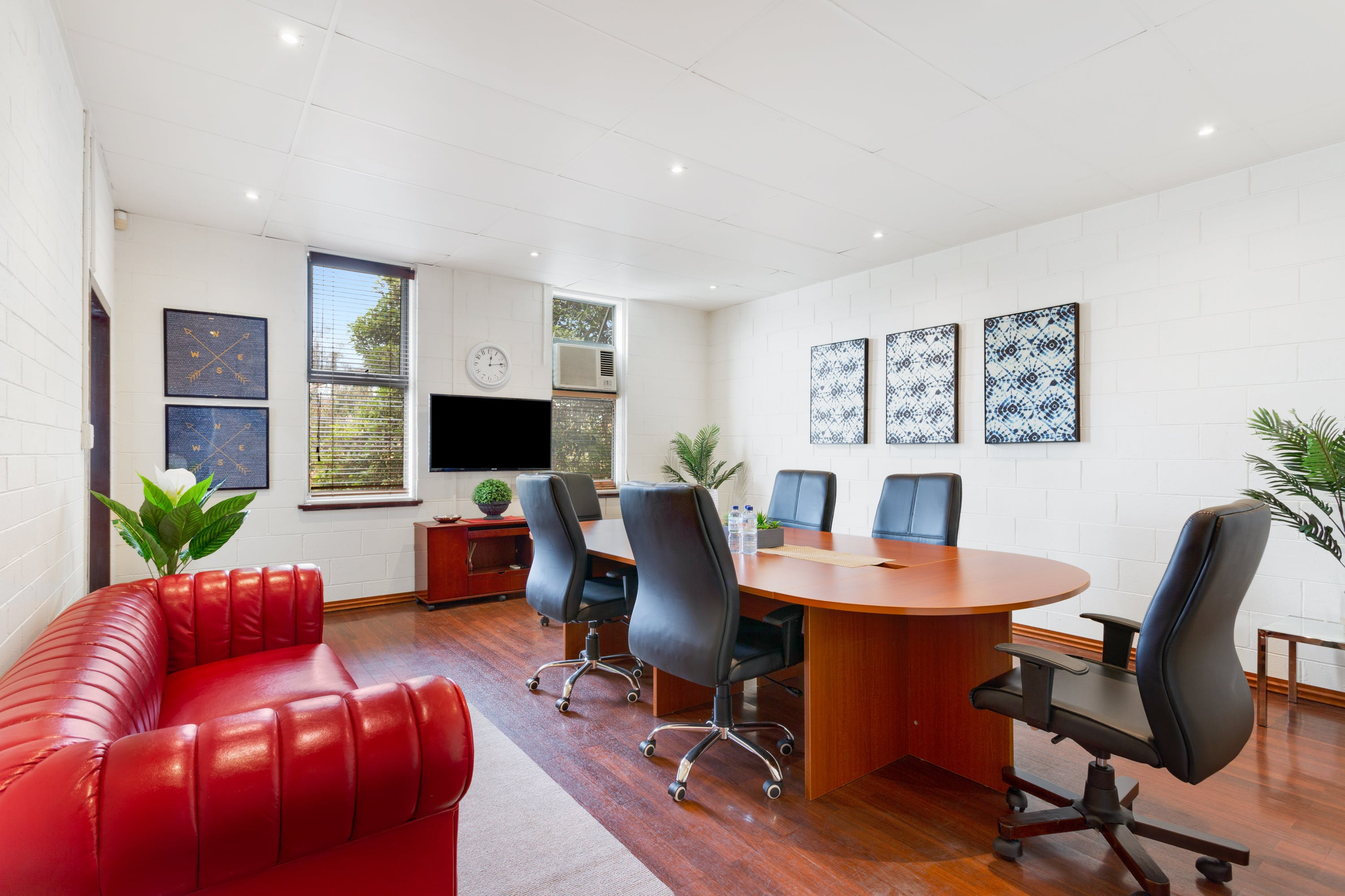 Port Melbourne Loft - Multi-use Office Space, serviced office at Port Melbourne Loft - Affordable, Multi-Use Office Space in Great Location, image 1
