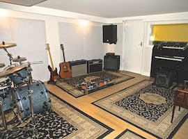 Recording & Rehearsal Studio, creative studio at Black Wall Studios, image 1