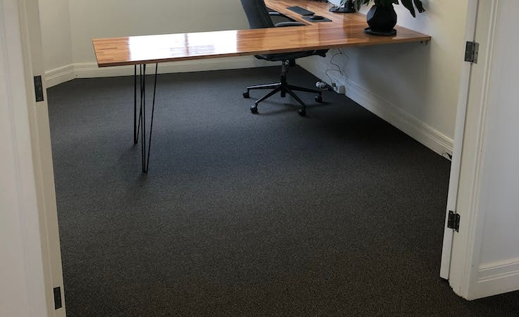 Private office at Lambton Office, image 1
