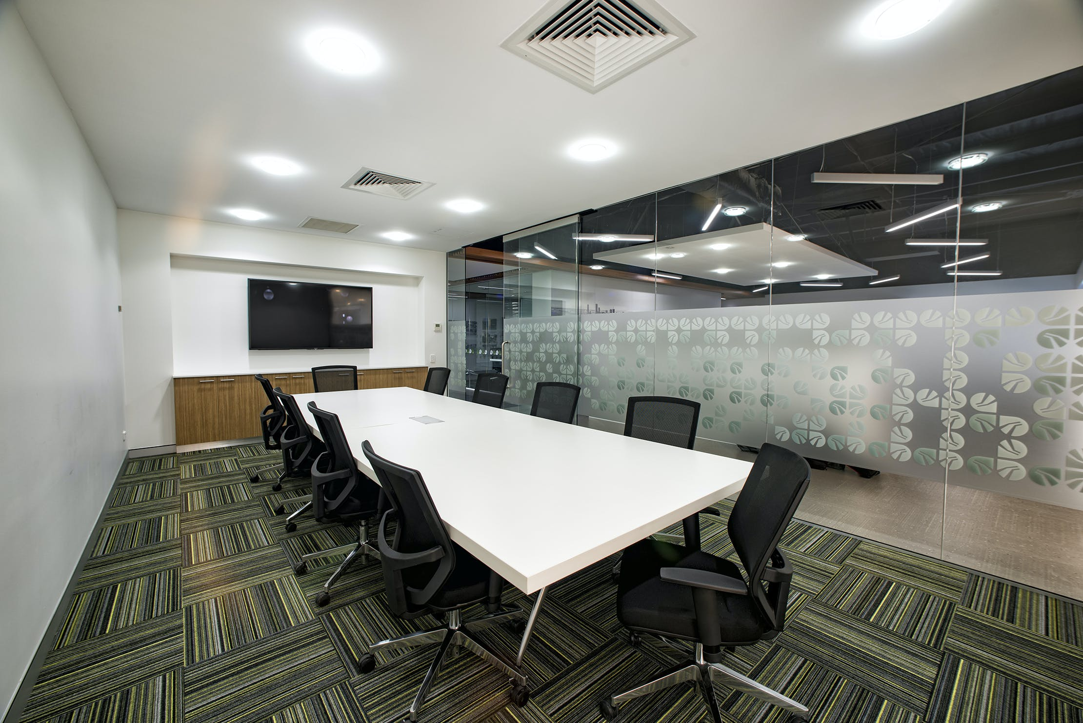 The Oxley Room, meeting room at BTP Westlink Green, image 1