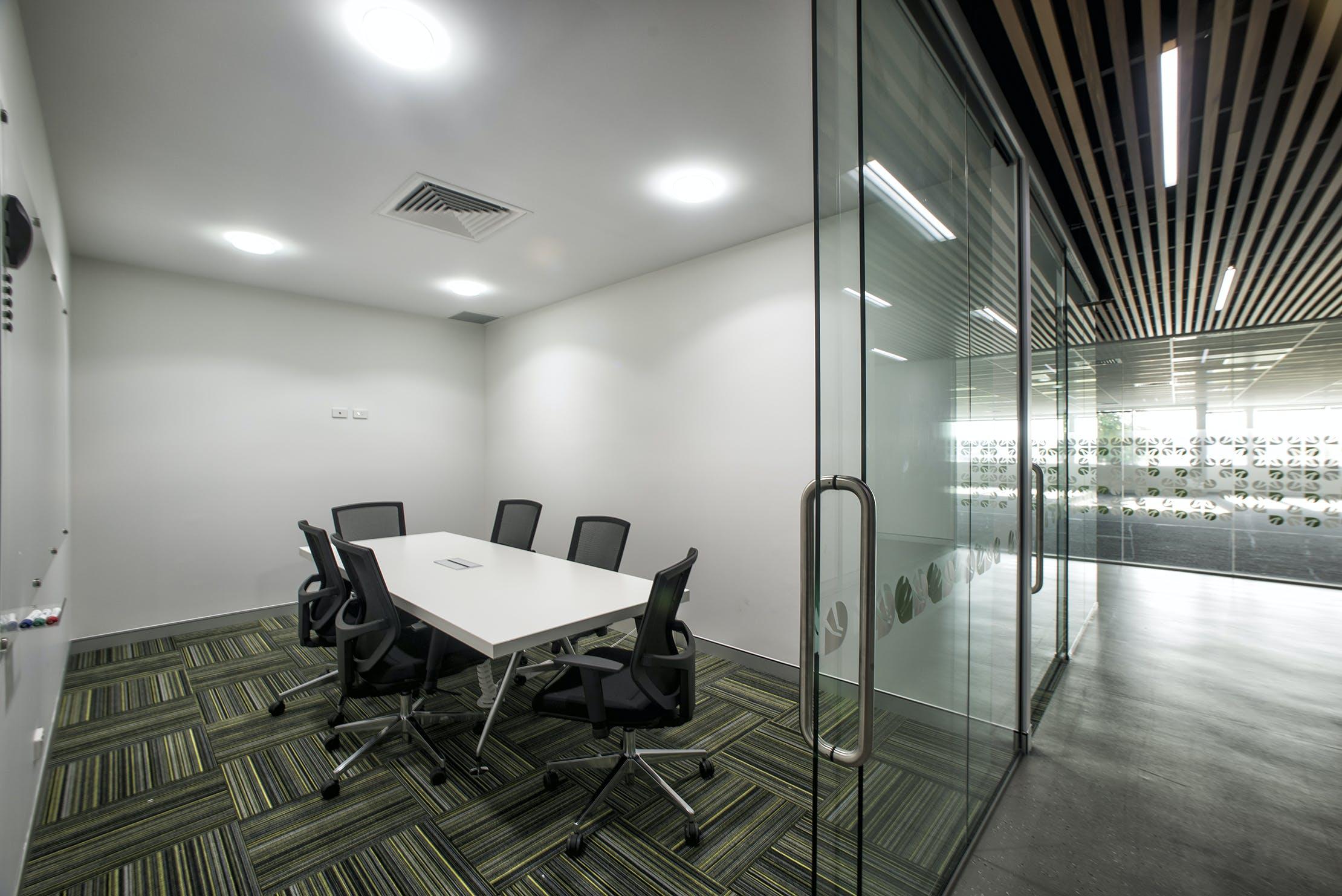 The Sherwood Room, meeting room at BTP Westlink Green, image 1